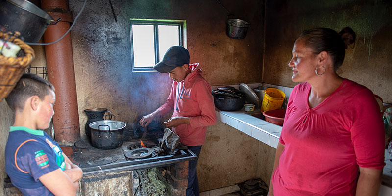 Neitan family starts fire in oven